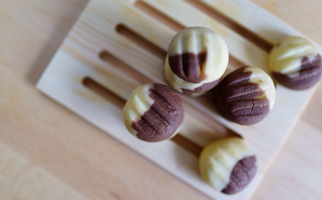 Melt In Your Mouth German Chocolate Marble Cookies